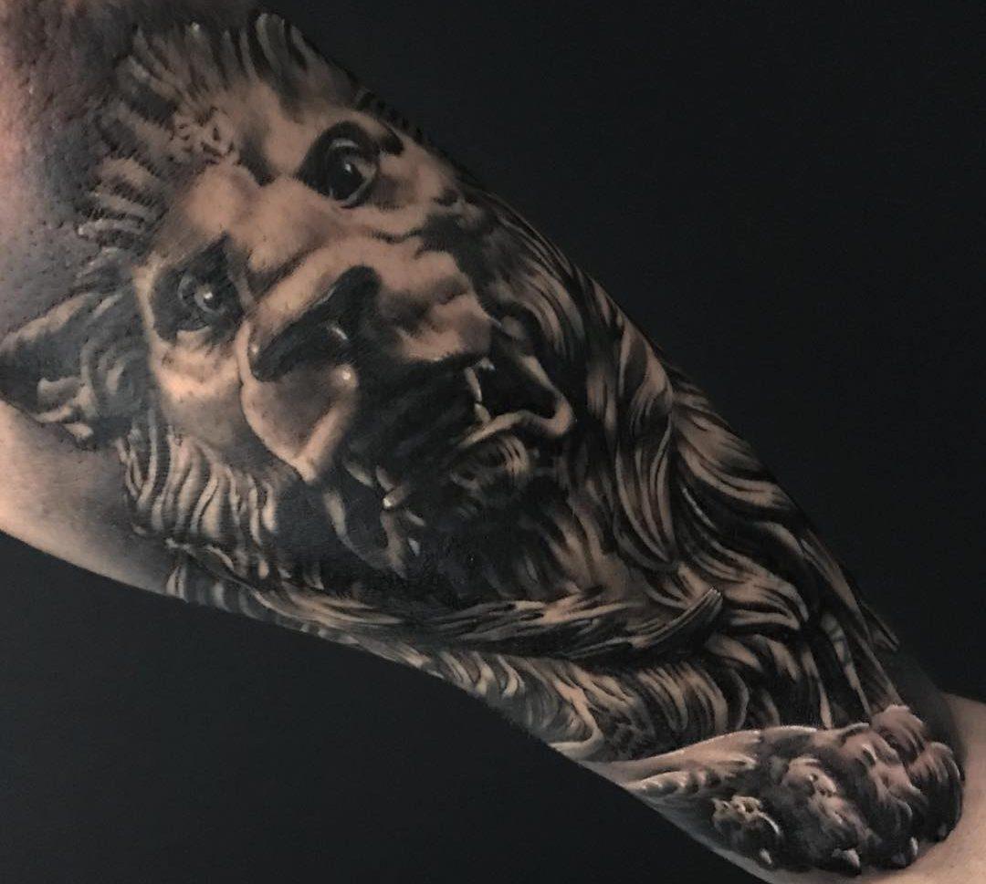 Leon Obsession Tattoo