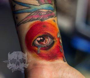 Tattoo ojo a color