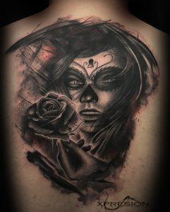 Tatuaje Catrina y rosa