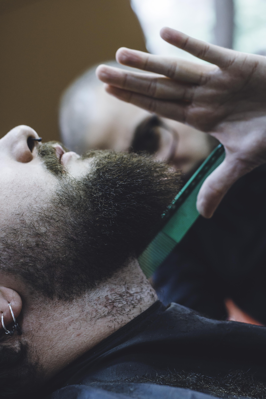 Barbería y corte para hombres en valencia Obsession Tattoo Valencia