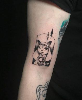 Tatuaje pequeño de ilustración