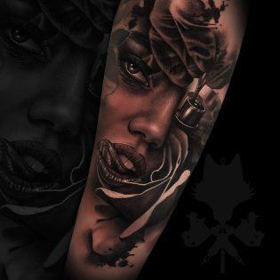 Tatuaje retrato de mujer realizado en realismo.