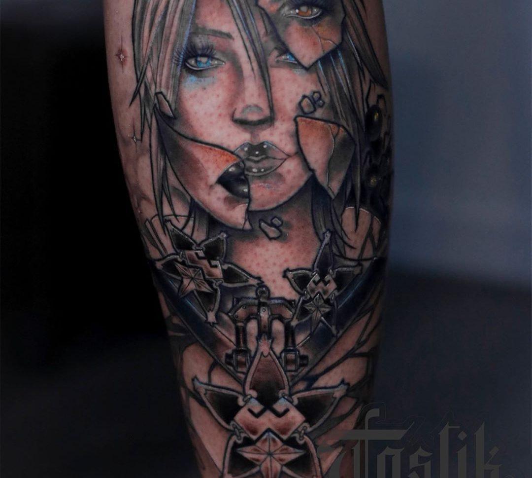 Tatuaje neotradicional a color de Kindom Heart.