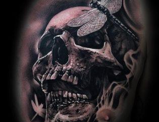 Tatuaje calavera para hombre.