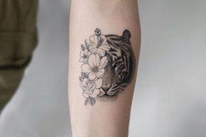 Tatuajes microrealistas en Valencia.