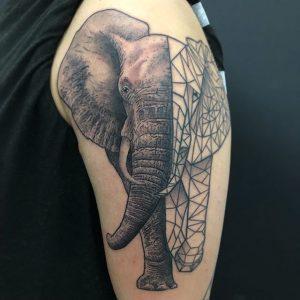 Tatuajes geométricos de animales.