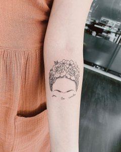 Tatuaje minimalista en Valencia