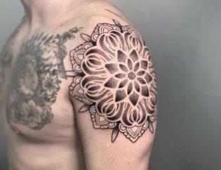 Tatuaje mandala en Valencia